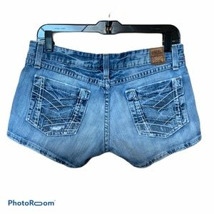 BKE distressed jean shorts size 29 EUC